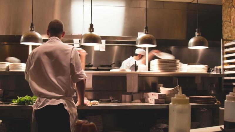¿Por qué es tan importante la limpieza de cocinas industriales?