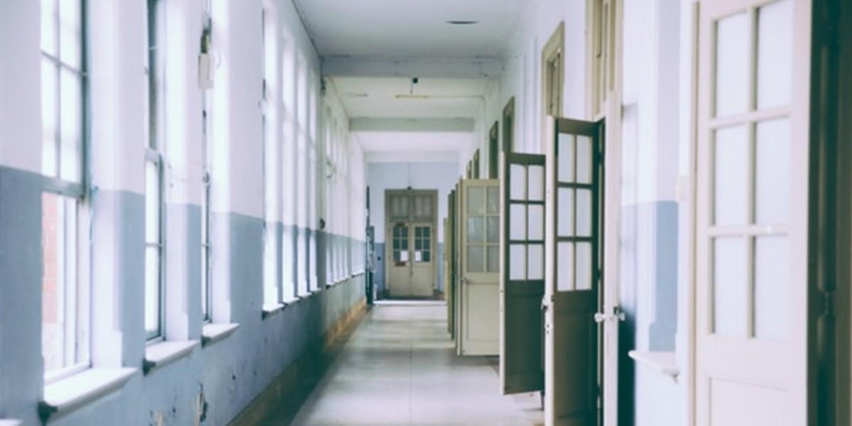Protocolos básicos de limpieza en colegios